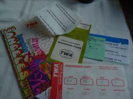 LC118 AA1-16  TWA Airlines  - Lot De Petits Documents - Baggage Etiketten