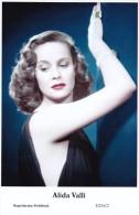 ALIDA VALLI - Film Star Pin Up - Publisher Swiftsure Postcards 2000 - Artistes