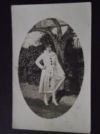 SAINT-MESMIN (Vendée) - La CAVALCADE COSTUMEE - Dame En PIERROT - Comedia Dell´Arte - Carte-photo - Vers 1920 - A Voir ! - Non Classés
