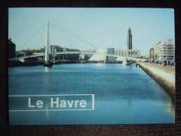 Le Havre , Le Bassin Du Commerce En Perspective Les Centre O . Niemeyer - Port