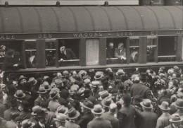 Briand & Laval Gare Paris Voyage à Berlin Ancienne Photo 1930 - Photographs