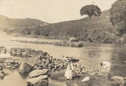 Pecheurs Au Harpon Sur La Riviere Madagascar Ancienne Photographie Diez 1924 - Africa