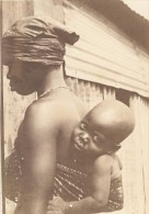 Niger Niamey Scene De Marché Mere Et Son Enfant Ancienne Photo Instantanée 1929 - Africa