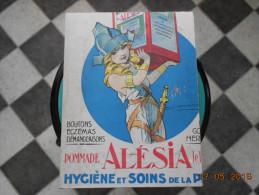 PLAQUE PUBLICITAIRE CARTONNEE  POMMADE ALESIA  Hygiene Et Soins De La Peau - Targhe Di Cartone