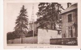 MOULISMES (VIENNE) 807 LES PTT ET L'EGLISE - Autres Communes