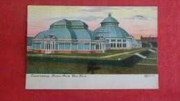 - New York> New York City > Bronx  Park Conservatory   -1828 - Bronx