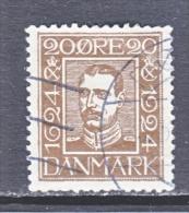 DENMARK    175    (o) - 1913-47 (Christian X)