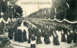 CPA-DP44-740-LA PROCESSION FETE DIEU DE NANTES-LES RELIGIEUSES-ETAT MOYEN- - Nantes