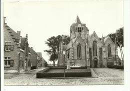 Beveren St Audomaruskerk En Gemeentehuis - Beveren-Waas