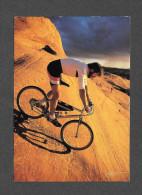 SPORTS - CYCLISME - BICYCLE DE MONTAGNE - MOUNTAIN BIKING THE SLICKROCK TRAIL MOAB UTAH - PHOTO JOHN LAPTAD - Cyclisme