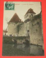Posanges - L'entrée Du Château  :::::: Animation   ------------- 283 - Altri Comuni