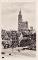 France Strasbourg Rue De La Rouane Et La Cathedrale - Alsace