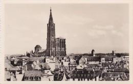 France Strasbourg Vue Generale Et La Cathedrale - Alsace