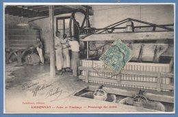 51 - AMBONNAY --  Scène De Vendange - Préssurage Des Raisins - Autres Communes