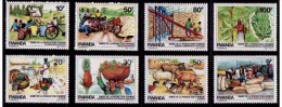 Rwanda**FOOD-Turkey-Poultry-Rooster-Banana-Ananas-8vals--1985-MNH-Pig-Sheep-Rabbits-Duck-Pineapple-Wheat-Seeds- - 1948-61: Mint/hinged