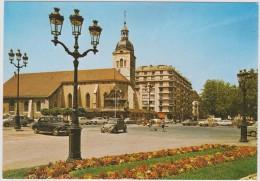 Haute  Savoie :  ANNECY : Vue  Place  (  2  Chevaux  Citroën ) - Annecy