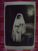 CARTE PHOTO DE COMMUNIANTE  DU 28 JUIN 1916 - Persone Anonimi