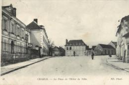 89 CHABLIS - LA PLACE DE L HOTEL DE VILLE - Chablis