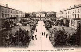 50 CHERBOURG LA COUR CENTRALE ET LA CHAPELLE DE L'HOPITAL MARITIME - Cherbourg