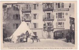MEGEVE. (Haute-Savoie)........L'Hôtel Du Panorama - Son Couple De Rennes, Lapo Et Néva, Devant La Hutte De Neige - Megève
