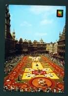 BELGIUM  -  Brussels  Grand Place  Flower Carpet  Used Postcard As Scans - Squares