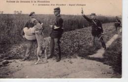 Douane.. Douaniers.. Animée.. Métiers.. Arrestation D'un Fraudeur à La Frontière.. Chien.. Signal D'attaque - Douane