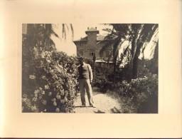 Foto Photo Man In Tuin - Homme  - Jardin - Photos