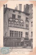 Carte Postale Ancienne De Lyon - Place Du Change - Devanture De Magasin - Lyon