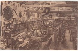 Brussel, Bruxelles Musée Royal De L´armée, Hall Des Trophées 1914 1918 (pk18565) - Musées
