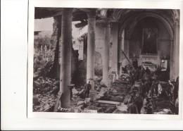 Grande Photo 14-18 NEUVILLY-EN-ARGONNE - L'église Transformé En Hospital, Soldats Américains, A.E.F. (A104, Ww1, Wk 1) - Non Classés