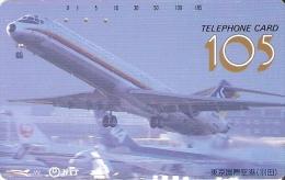 TARJETA DE JAPON DE UN AVION DESPEGANDO DE 105 UNITS (230-157-1989) PLANE - Japón