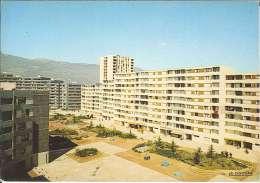 CPM 38 - Echirolles - La Place Beaumarchais - Echirolles