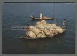 U3608 BANGLADESH BAMBOO MADE HANDICRAFTS ON BOAT (tur) - Bangladesh