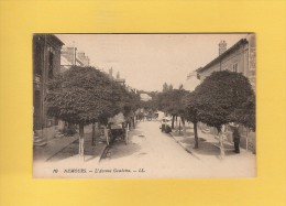* CPA..dépt 77..NEMOURS  :   L´ Avenue  Gambetta..n°10   : Voir Les  2 Scans - Nemours