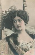 FEMMES - FRAU - LADY - SPECTACLE - ARTISTES 1900 - Jolie Carte Fantaisie Portrait Femme Artiste CAVALIERI - Donne