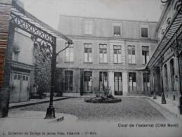 COLLECTION DU COLLEGE DE JEUNES FILLES ABBEVILLE 1re Serie COUR DE L'EXTERNAT ( COTE NORD) - Abbeville