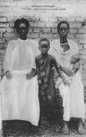 URUNDI - Chef Chrétien Et Sa Petite Famille - Ruanda-Urundi