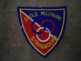 ECUSSON TISSU  ECOLE MILITAIRE STRASBOURG
