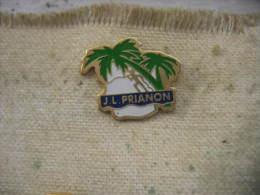 Pin´s De Jean Louis PRIANON, Athlète Sur L'Ile De La Réunion - Athlétisme