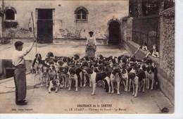 Le Luart.. Animée.. Le Château Du Luart.. Chasse.. Chasseur.. Meute.. Chiens - France