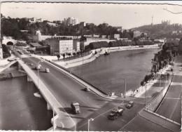 Lyon - Pont Clemenceau Et Tunnel De La Croix-Rousse - Colline De Fourvière - !! Un Coin Avec Déchirure - Autres