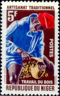 JOBS-TRADITIONAL CRAFTS-WOOD WORKING-NIGER-MNH-A6-489 - Otros