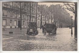 PARIS 75 - INONDATIONS JANVIER 1910 - La Grande Crue De La Seine : Circulations Des Voitures ... - CPA - Seine - Alluvioni Del 1910
