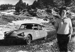 PHOTO/CARTE POSTALE  CITROEN ID19  CLAUDINE  VANSON   Championne De France Des Rallyes 1960 Et 1961  M - Automobiles