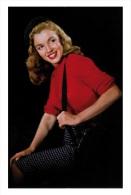 Marilyn Monroe Postcard (1092) - Publisher Pyramid Year 2011 - Size 9x14 Cm. Aprox. - Femmes Célèbres
