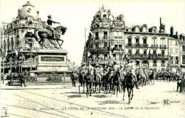 Belle  Carte  CPA   -    Orléans -   Les Fêtes De La Victoire  - Le Défilé De La Cavalerie    ,animée          L932 - Orleans