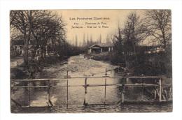 Juran�on: Vue sur le Neez (15-2011)