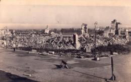 0 - VARSOVIE - Centre Ville En Ruines - PHOTO Amateur M. WOLAGIEWICZ - Pologne