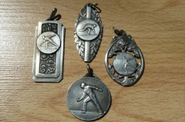 4 Médailles Métal Argenté - Boules - Jeu Provençal - Pétanque - Pétanque