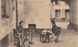 CPA - AK Belgian Lace - Woman At Work Riehmen Spitze Textil Arbeit Beruf Stempel Athus Bei Aubange Belgien Belgique - Aubange